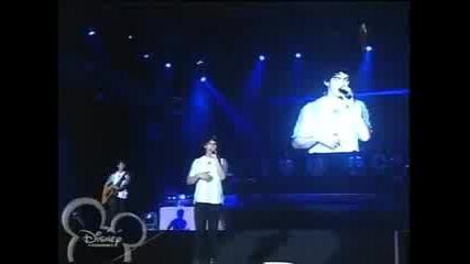 Jonas Brothers World Tour 2009 - Argentina - Part7