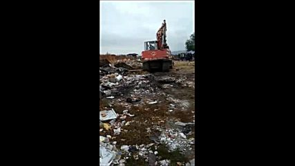 "Събарят 24 незаконни постройки в старозагорския квартал ""Kольо Ганчев"""