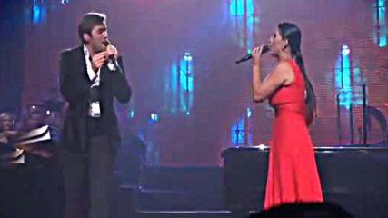 Yanni , Olga Tanon y Nathan Pacheco- Vivir por ti