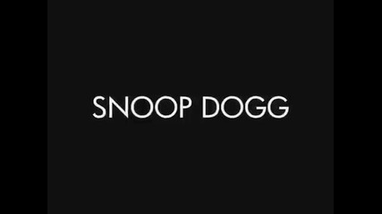 Snoop Dogg дава 500$ на бездомен човек.