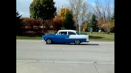 Chevrolet От 1955 Година със 1000 Коня Под Капака