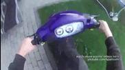 Вижте как момчето избяга от полицията със скутера си