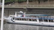 Със корабче по река Вълтава