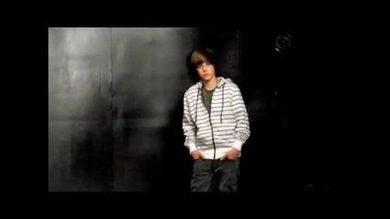 Justin Bieber making a photoshoot