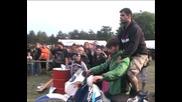Рокер събор - Хасково 2010 - игра - лапане на наденица в движение