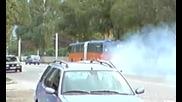 автобус пали гуми