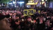 South Korea: Thousands urge President Park Geun-hye to quit following scandal