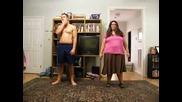Ненормално ! Луди хора танцуват Psy - Gangnam Style смях
