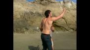 Дързост и Красота 2011 - Халюцинациите на Брук и Томас на острова! - Част 1