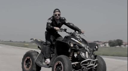 Кристо и Лора Караджова - Оставам Тук [ Official Hd Video ]