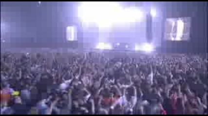 DJ Tiesto - Traffic (live at World Tour)