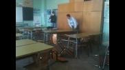 Ученици Трошат Чинове !!