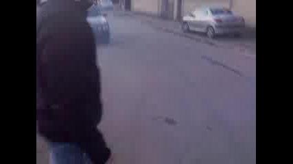 На Мишо дзвера