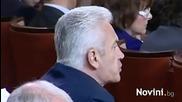 Екшънът на Болен Лидеров в парламента