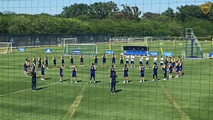 Argentina: Boca Juniors players and staff observe minute silence for Maradona before training