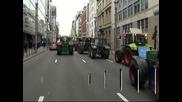Фермери поливаха с мляко сградата на ЕП в Брюксел