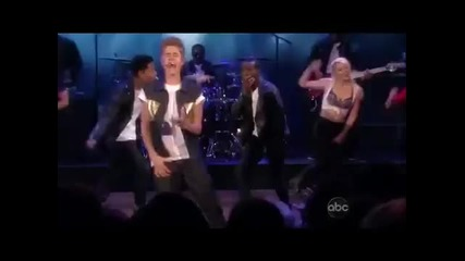 Justin Bieber - Boyfriend [the View] 19.06.12