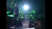 Eminem и Rihanna побъркаха публиката отново на наградите Грами!