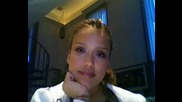Jessica Alba - Stare Contest