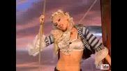 Gwen Stefani Rich Girl