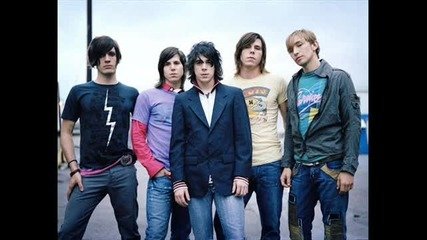 Family Force 5 - Supersonic