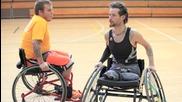 Баскетболист в инвалидна количка - Вдъхновяващо