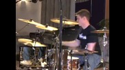 Барабанист и яка пeсен (rock drumming )