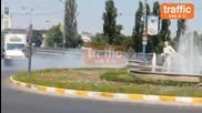 Ivailo Bochev - Зендера прави опасни дрифтове между коли и автобуси в Пловдив
