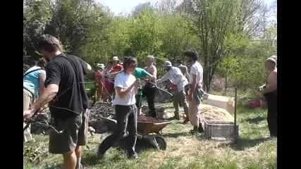 Създаване Повдигната Леха, Зеленият Отбор- Фестивал на Семената 2015г