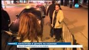 Лек автомобил се е преобърнал по таван в центъра на Казанлък - следобедна емисия