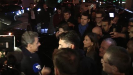 France: Protesting police mob presidential candidates outside Paris debate