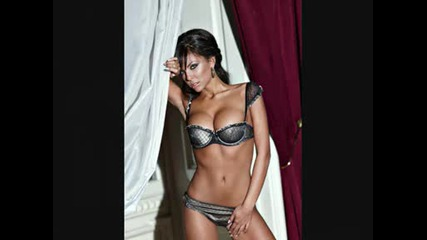 18+ Николета Лозанова най - секси жена в света !