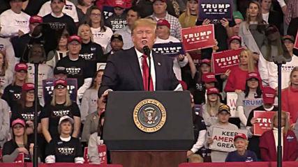 USA: Trump slams Democrats for impeachment inquiry at Louisiana rally