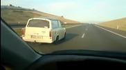 Трабант''изяде'' Хонда с над 200 км/ч по магистралата!