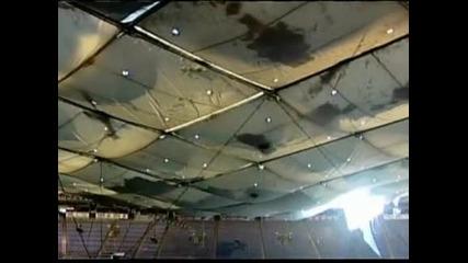 """Бурята отнесе покрива на стадиона на """"Минесота вайкингс"""" (видео)"""