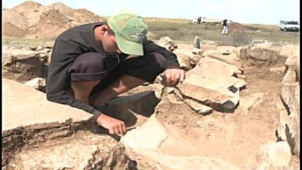 Kazakhstan: 3,000-yo pyramidal mausoleum discovered in Karaganda