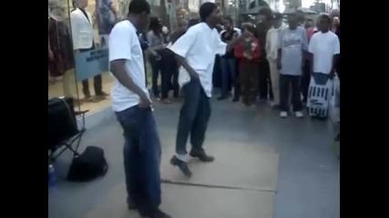Изключително добри степ танцьори