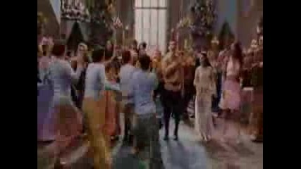 Dont Go Breaking My Heart Ella Enchanted.flv