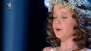 """Това 9-годишно момиче има мощен глас: нейното изпълнение на """"ave Maria"""" е изумително"""
