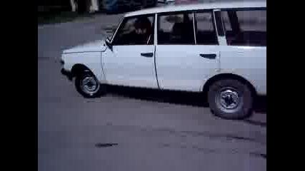 Wartburg 353 Пали Гуми