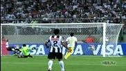 Ronaldinho отново показва великите си умения
