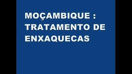 Странно Лекуване на главоболие в Мозамбик. Смях!