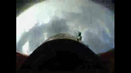Авиошоу В Будапеща Минаване Под Мост