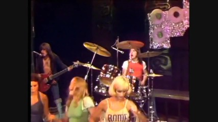 Acdc - It's a Long Way to the Top [ Live ] - Превод