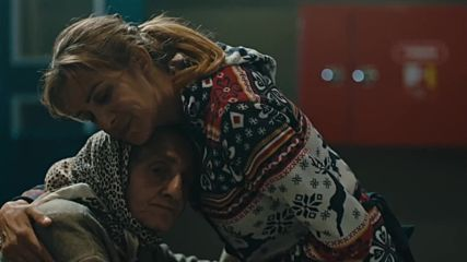 Candan Ercetin - Annem
