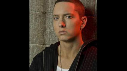 Н О В О !!! У н и к а л н о парче на Rihanna ft. Eminem - Love The Way You Lie