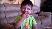 Деца опитват кисели бонбони /шок/