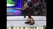 Trish Stratus Vs. Victoria(Hardcore мач)
