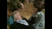 Third Doctor regenerates - Doctor Who Planet of the Spiders - Bbc