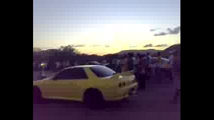 Bmw M5 наказва Nissan Skyline